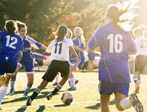 Escuelas Deportivas: Fútbol y Aerobic